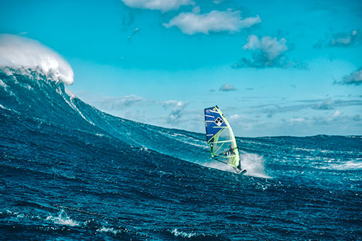 TEAM GPE IN JAWS WINDSURF TAINOS GUADELOUPE